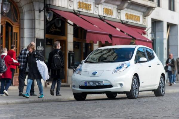 Nissan strkt E-Flotte in Ballungsgebieten
