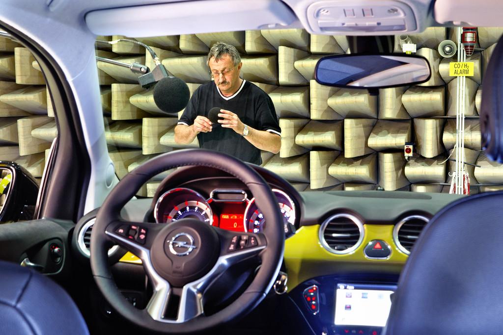 Opel Adam Rocks im Akustiklabor
