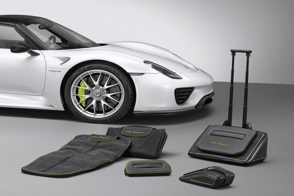 Porsche 918 Spyder Gepäckserie - Designt für engsten Raum