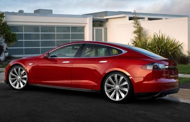 Schnellster Tesla-Hacker erhält Belohnung