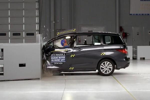 Schwieriges Unfallszenario - Mehrere Modelle fallen bei Crashtest durch