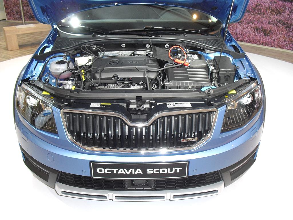 Skoda Octavia Scout: Blick unter die Haube. Ein Benziner und zwei Diesel stehen zur Wahl.
