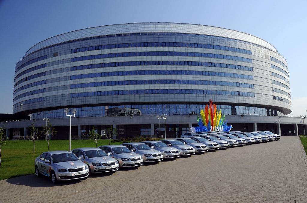 Skoda ist mit einer groen Flotte auch Hauptsponsor der Eishockey-Weltmeisterschaft