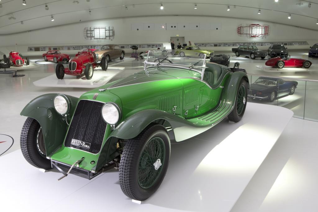 Tipo V4 Sport Zagato: Satte 280 PS aus vier Litern Hubraum und 250 km/h konnten damals nur von reinrassigen Rennwagen erzielt werden.