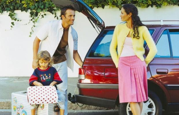 Umfrage: Urlaub mit dem Pkw - Dem Auto auch in den Ferien treu
