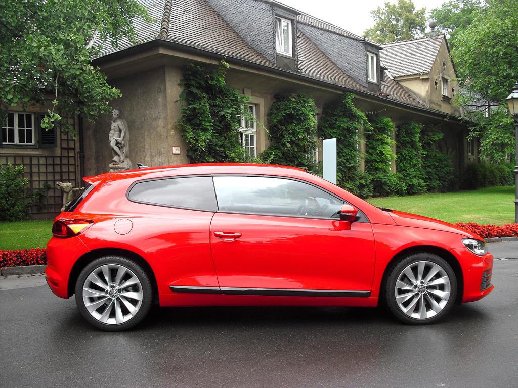 VW Scirocco: So sieht das Sportcoupé von der Seite aus.
