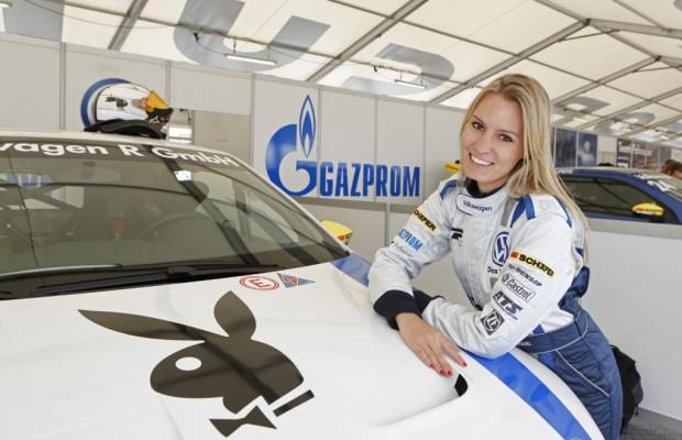 VW setzt auf heiße Renn-Ladies
