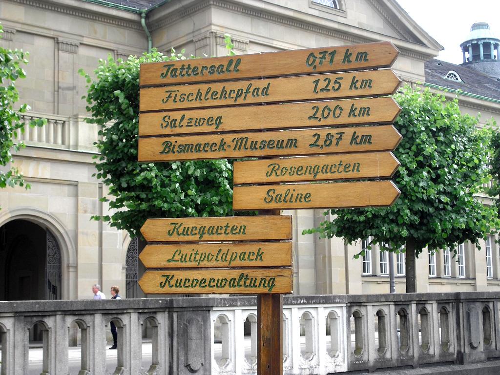 Vom Tattersall bis zur Kurverwaltung: Vorteil einer kleineren Kurstadt sind kürzere Wege.
