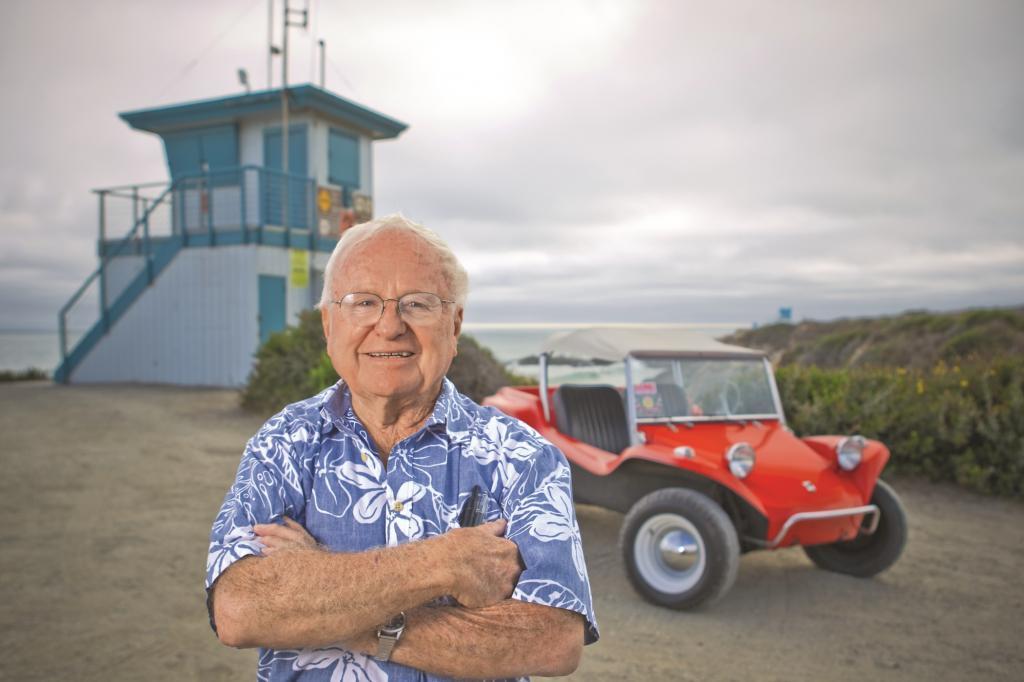 Vor fnfzig Jahren erfand der Kalifornier Bruce Meyers das Kult-Mobil, das wenig spter hunderte Nachahmer fand