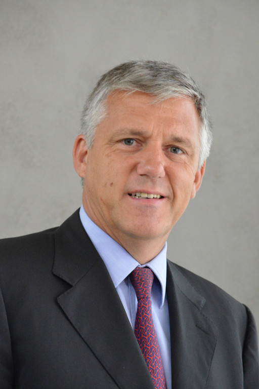 Bach wird Direktor Peugeot Retail