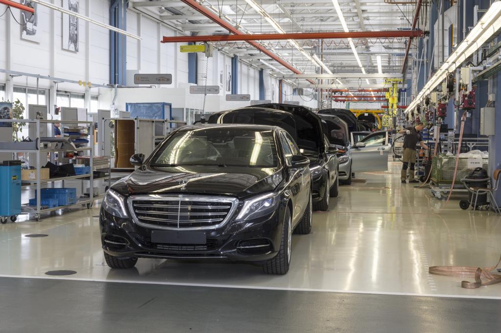 Das sind die Sonderschutzfahrzeuge aus Sindelfingen, mit denen Mercedes seit mittlerweile über 80 Jahren Leib und Leben prominenter Kunden schützt, die bei Sicherheit im Auto nicht an Crashs, sondern an Kugeln denken.