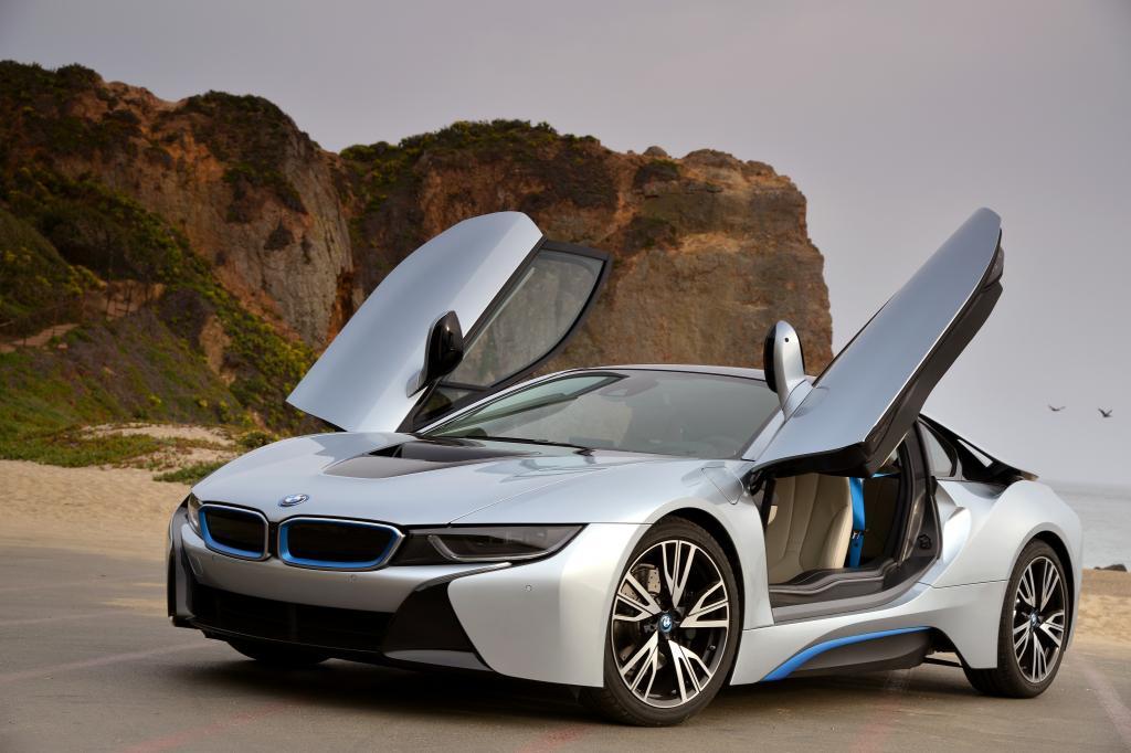 Der BMW i8 ist ohne Frage Aufsehen erregend