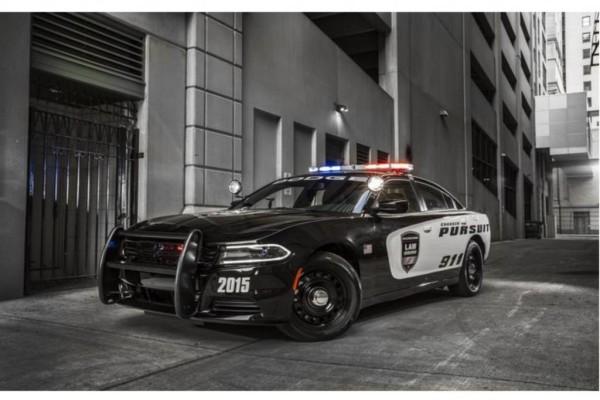 Dodge Charger Pursuit - Guter Cop, böses Auto