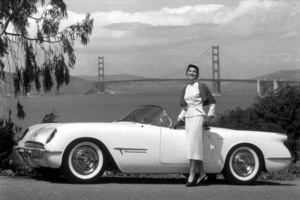 Begründer des professionellen Autodesigns - Harley Earl verlieh Flügel