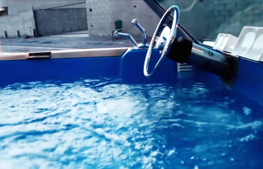 Exklusiv: Rekordjagd mit rasender Badewanne