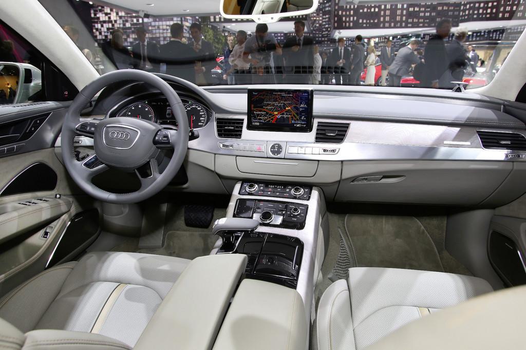 Fahrbericht Audi A8 gegen Mercedes-Benz S-Klasse: Charaktersache