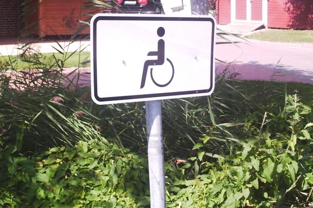 Falschparken auf Behindertenparkplätzen: Strafe verdoppeln
