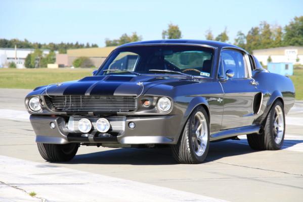 Ford Mustang GT 500 Eleanor: Ein hangefertigter Filmklassiker