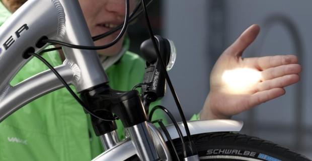 Gerade moderne LED-Beleuchtung kann den Gegenverkehr blenden, ist sie falsch eingestellt.