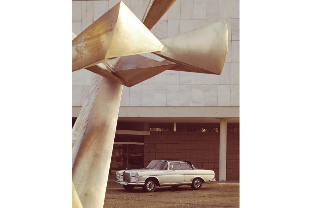 Mercedes-Benz 300 SE Coupe Jahr 1962