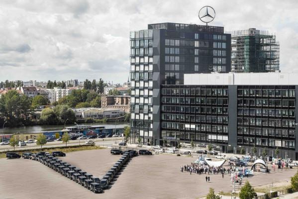 Mercedes-Benz bittet Familien in die V-Klasse