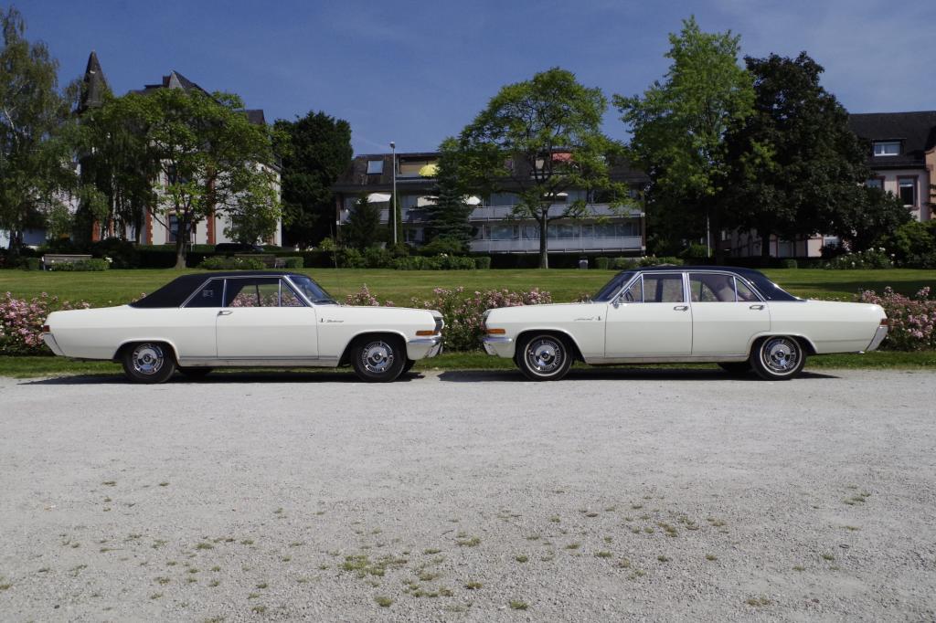 Mit der 1964 eingeführten so genannten KAD-Reihe (verschiedene Modellnamen, gleiche Karosse) gab es sogar erstmals Achtzylinder-Versionen für Kunden mit dem Wunsch nach höchstem Antriebskomfort.