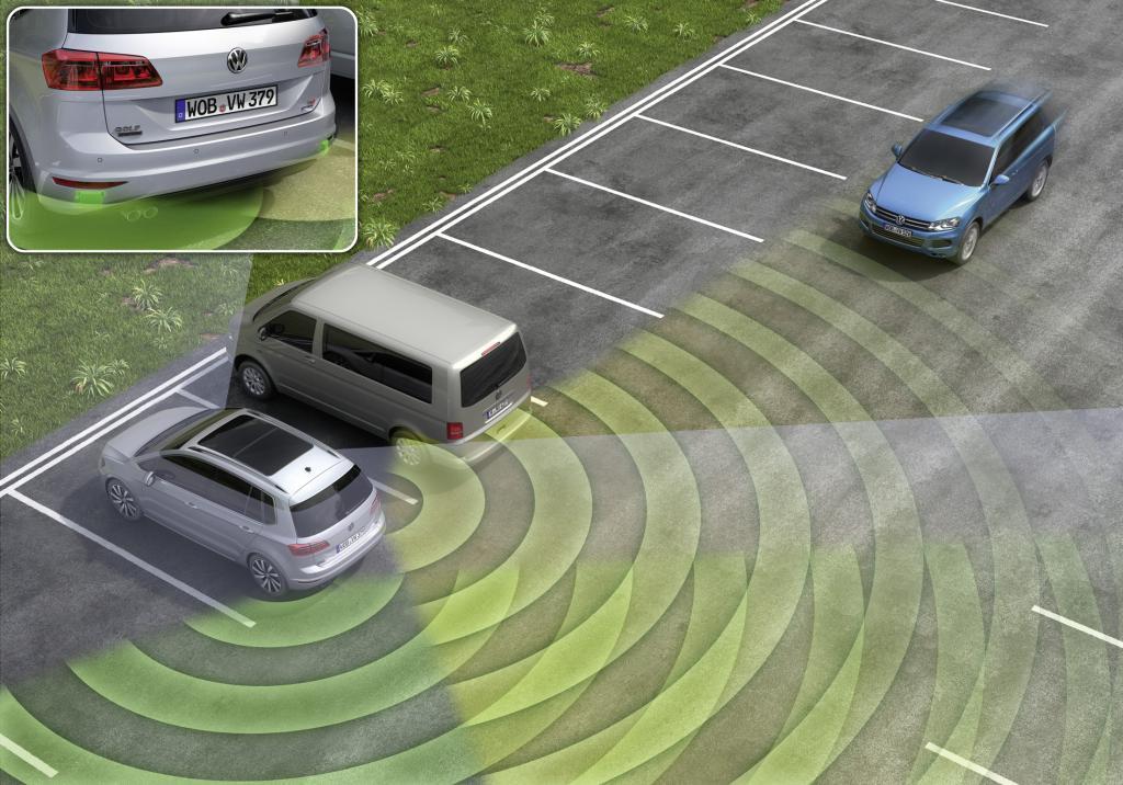 Mit der Querverkehr-Erkennung ist hilft VW seinen Kunden beim Ausparken
