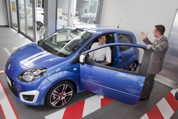 Neuwagenkauf: Fehlende Motorleistung ist Mangel