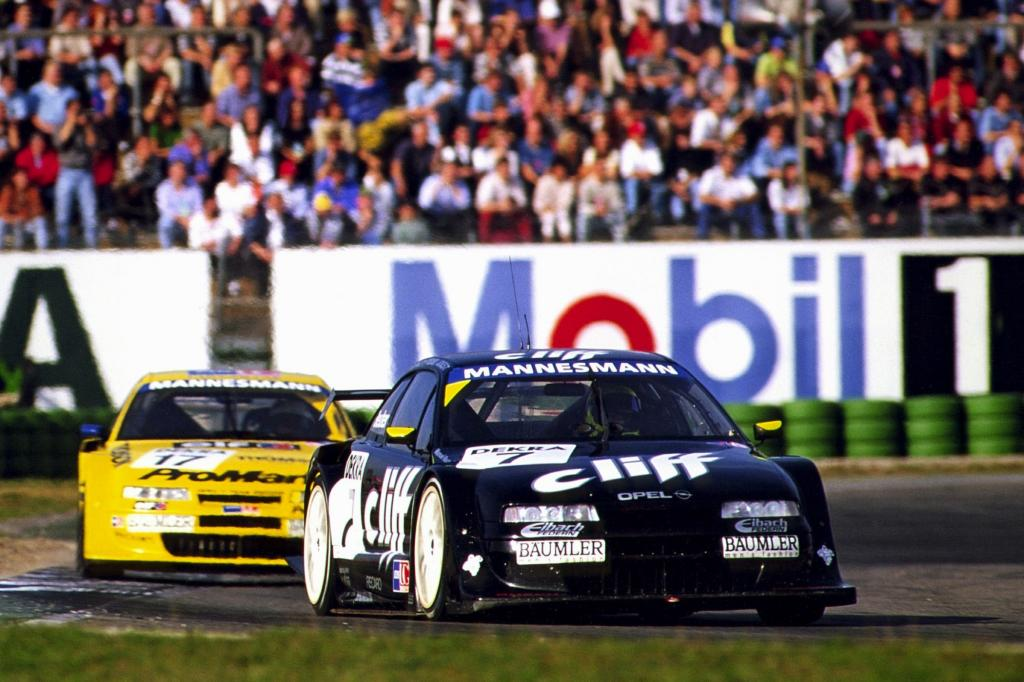 Opel Calibra am Hockenheimring TC Champion Manuek Reuter 1996