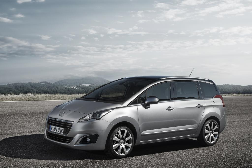Peugeot hebt zudem die Preise an. Pkw und leichte Nutzfahrzeuge sind jetzt durchschnittlich ein Prozent teurer.  Auch der Kompakt-Van 5008.
