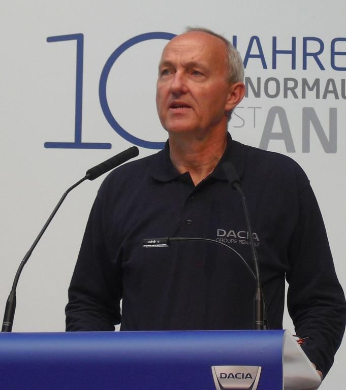 Reinhard Zirpel ist Kommunikationsvorstand von Renault in Deutschland.
