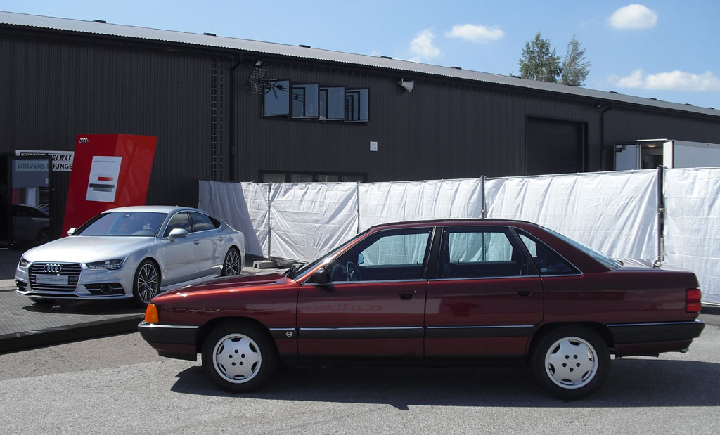 TDI-Vergangenheit und Gegenwart: Audi 100 (rechts), A7 Sportback.