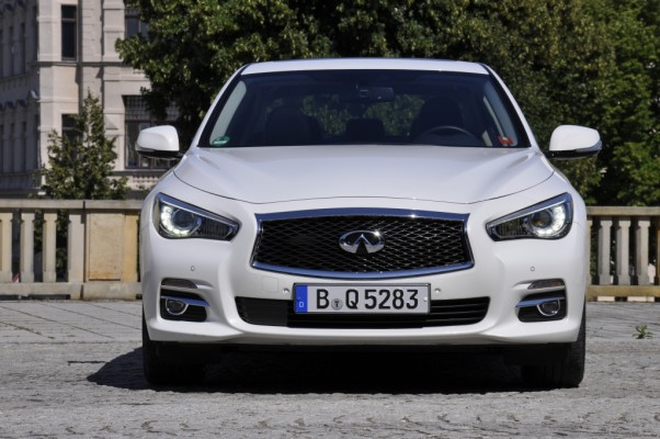 Test Infiniti Q50 2.2-D – Eine echt heisere Alternative