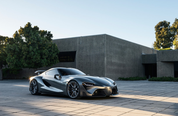 Toyota FT-1 Vision GT tritt in Pebble Beach auf