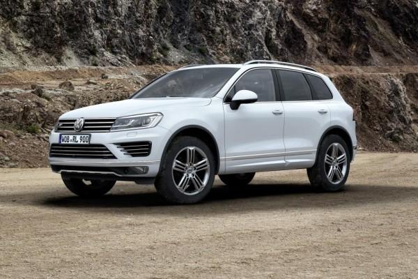 VW Touareg Facelift - Ab Werk heller