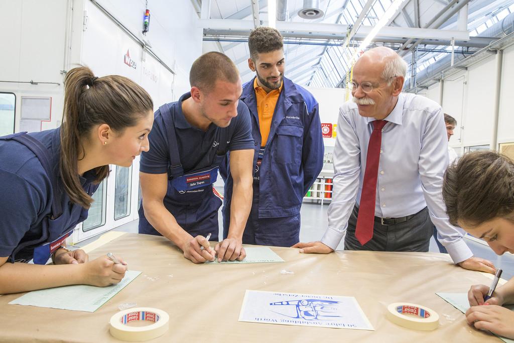 2000 Jugendliche starten Ausbildung bei Daimler