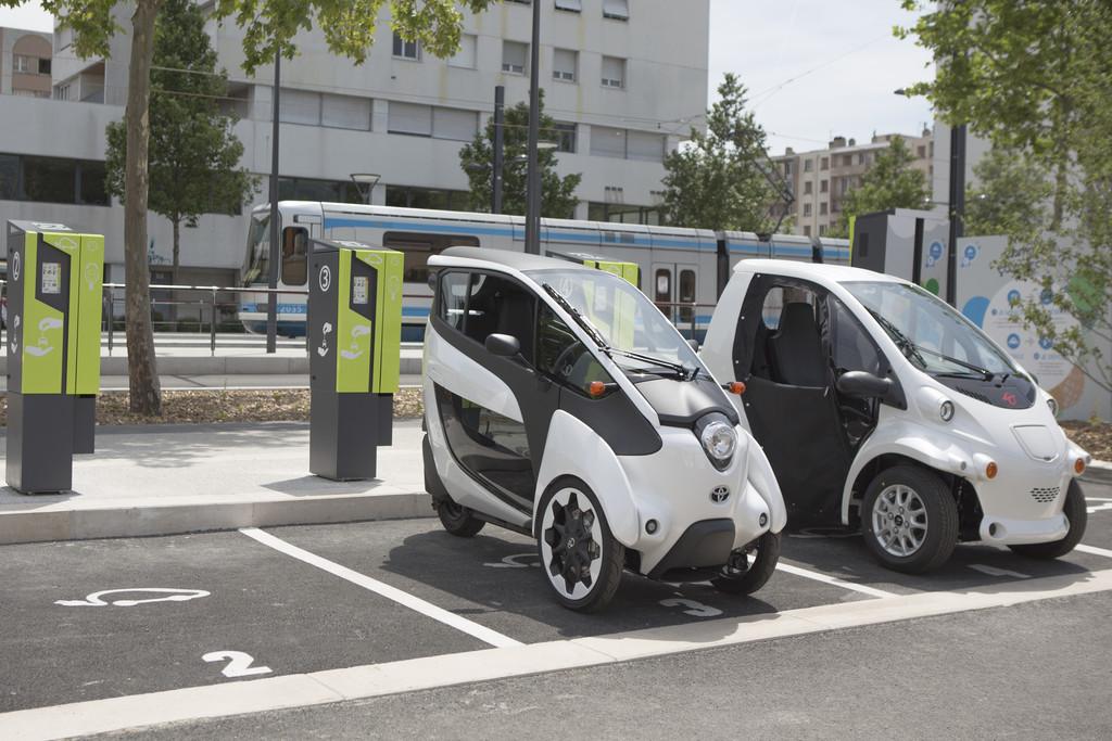 70 Elektro-Toyota für den Kurztrip