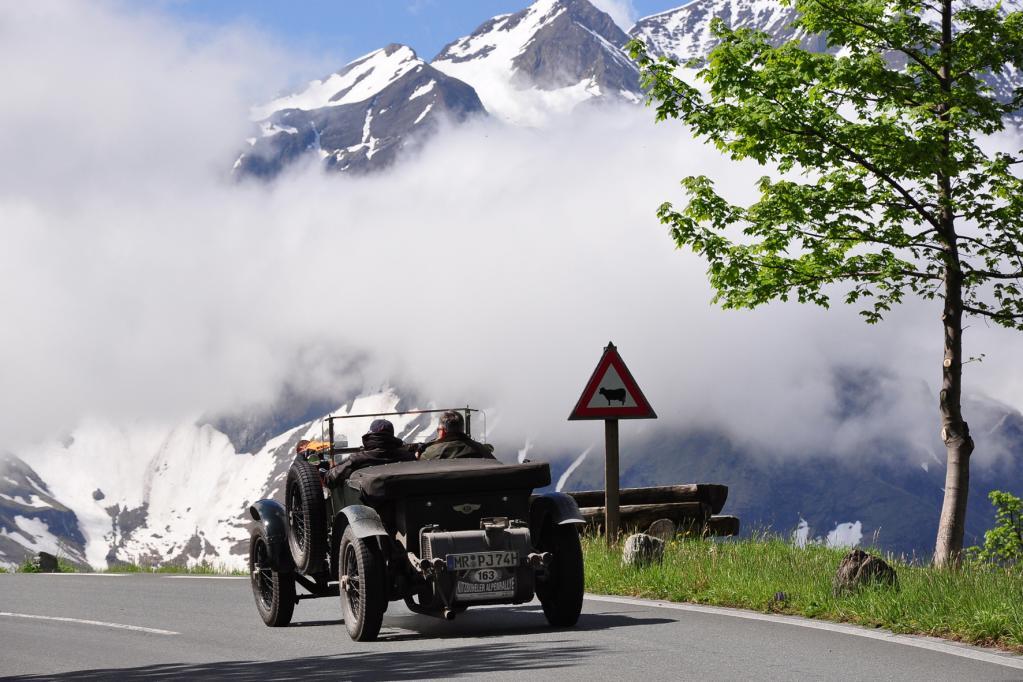 Alpen-Tour mit dem Auto kann teuer werden