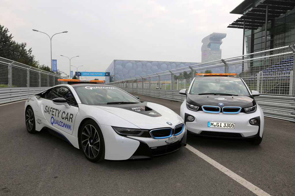 BMW i8 ist Safety Car der Formel E