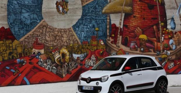 Der Renault Twingo teilt sich die Technik mit dem Smart Fortwo