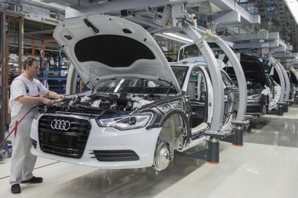 Auto-Produktion - In drei Jahren dreistellig