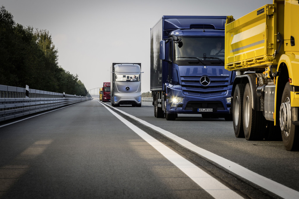 IAA 2014: Mercedes-Benz stellt sich breit auf