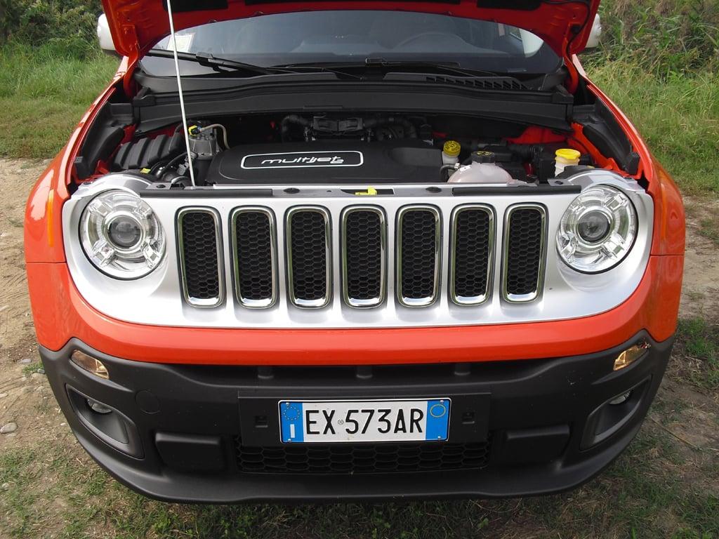 Jeep Renegade: Blick unter die Haube, hier bei einem Allrad-Diesel.