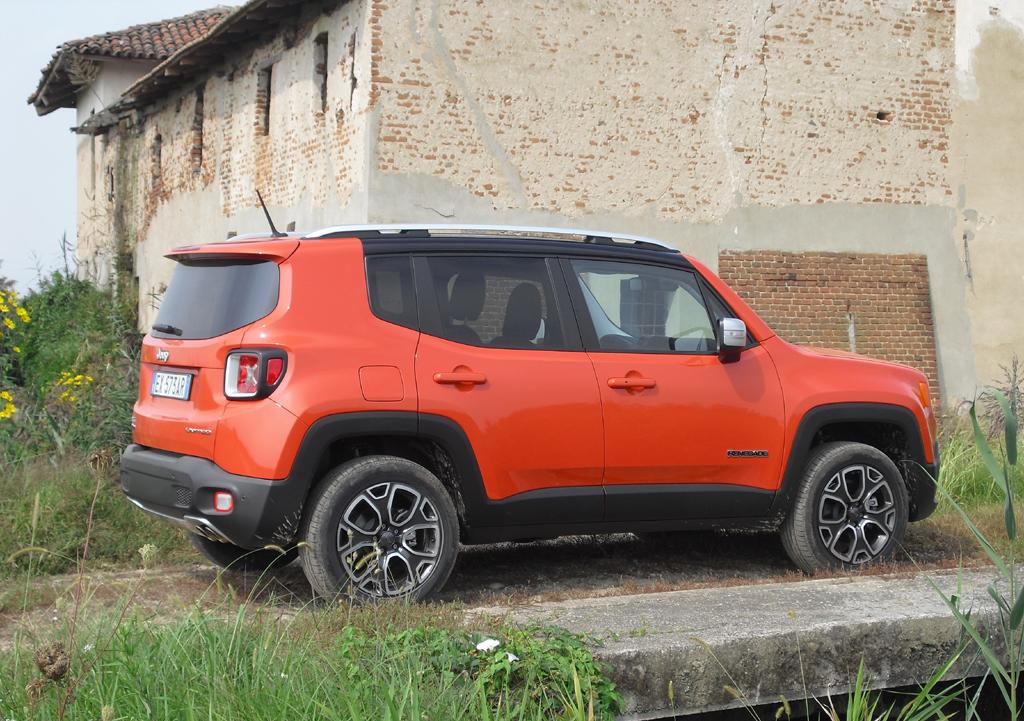 Jeep Renegade: So sieht das kompakte SUV-Modell von der Seite aus.
