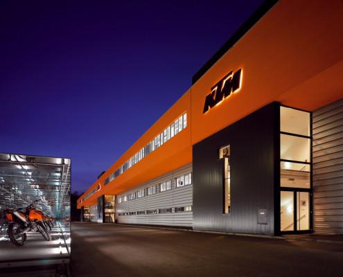 KTM fährt Halbjahresrekord ein