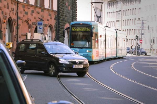 Kollisionswarner für Stadt- und Straßenbahnen