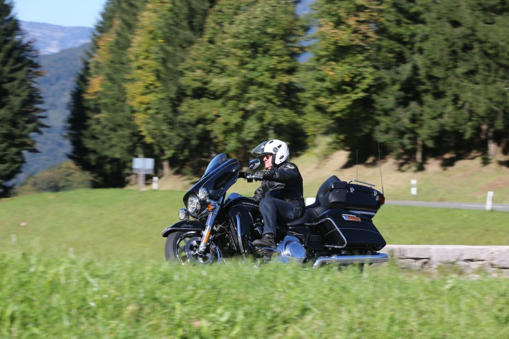 Harley Davidson Electra Glide Ultra Limited Low - Tiefer geht's nimmer