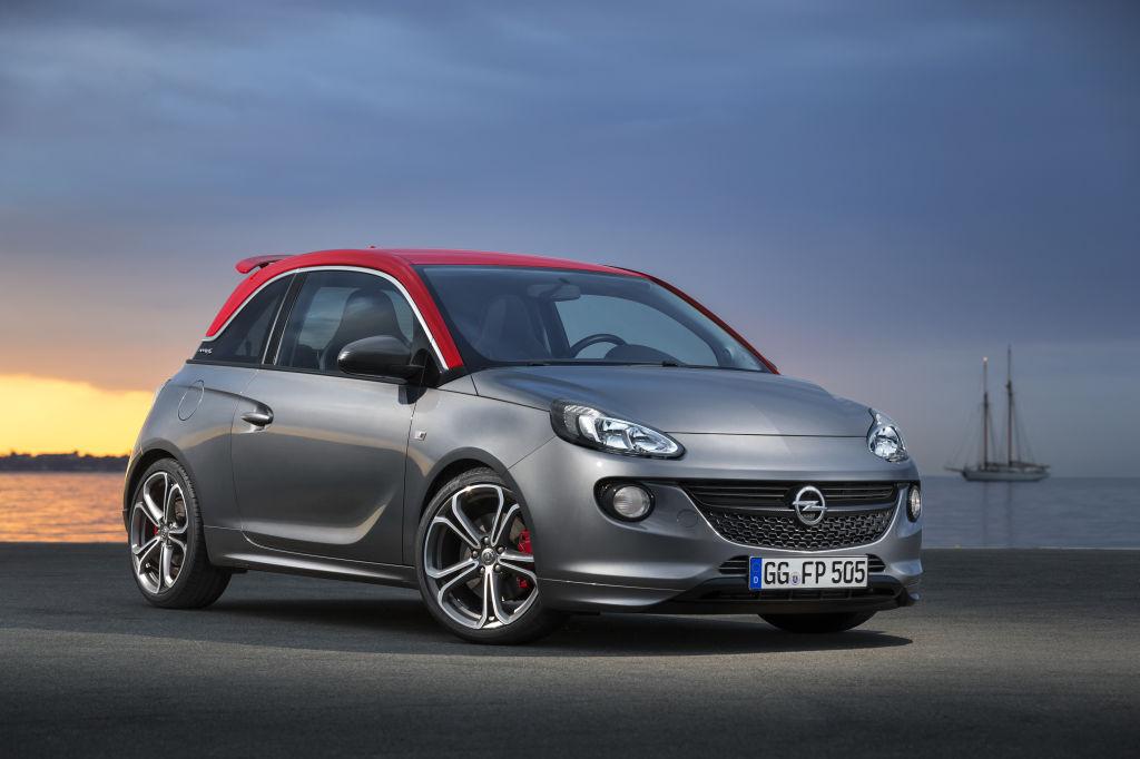 Die neue Top-Version des Kleinstwagens Opel Adam hat es in sich: Mit 110 kW/150 PS, Heckflügel, OPC-Sportbremsen, Performance-Fahrwerk und überarbeiteter Lenkung präsentiert sich der Adam S auf dem Pariser Salon