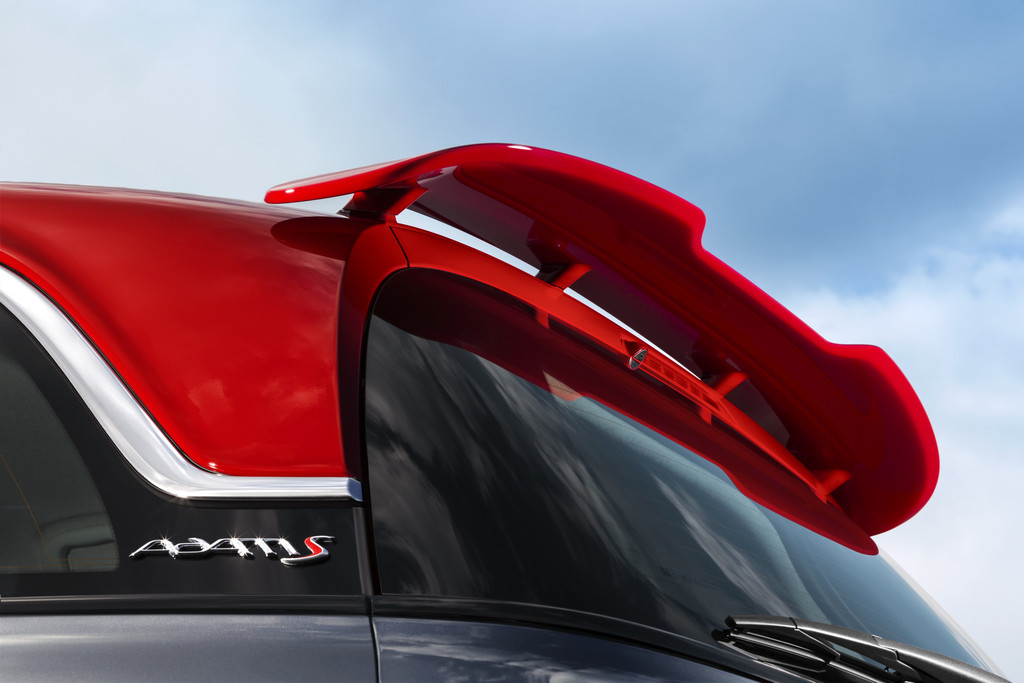 Paris 2014: Der Opel Adam kommt mit 150 PS