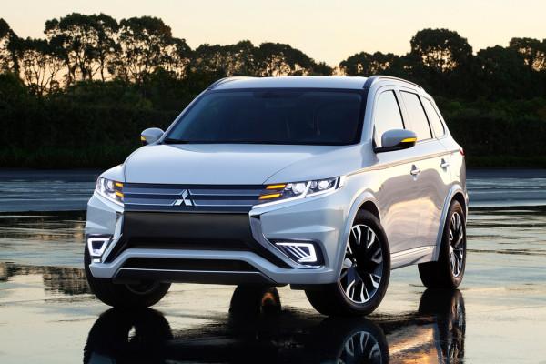 Paris 2014: Mitsubishi schärft den Outlander PHEV nach